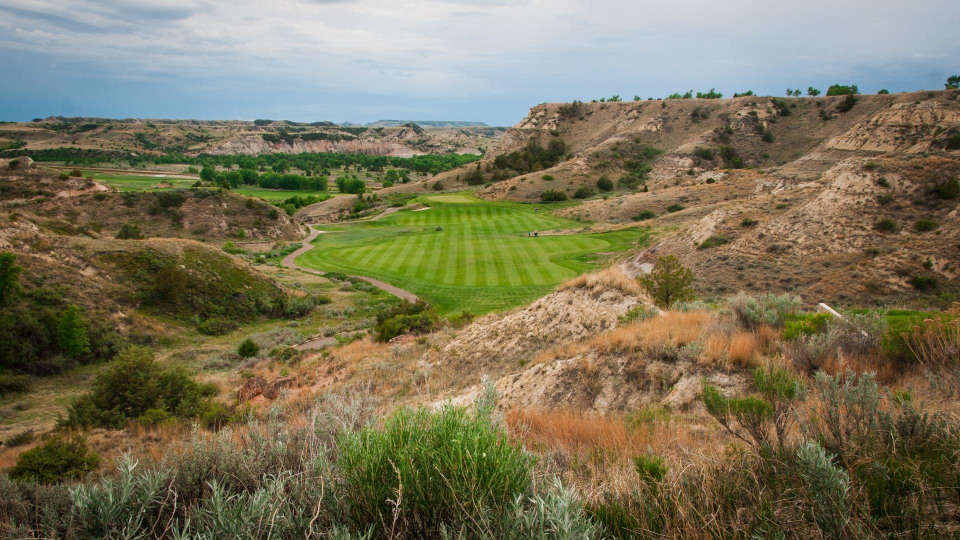 Golf i USA, här Bully Pulpit Golf Course i Medora, ND.